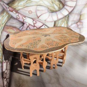 Tavolo Duna con mosaico di legno e piano curvo   guarda...incredibile!