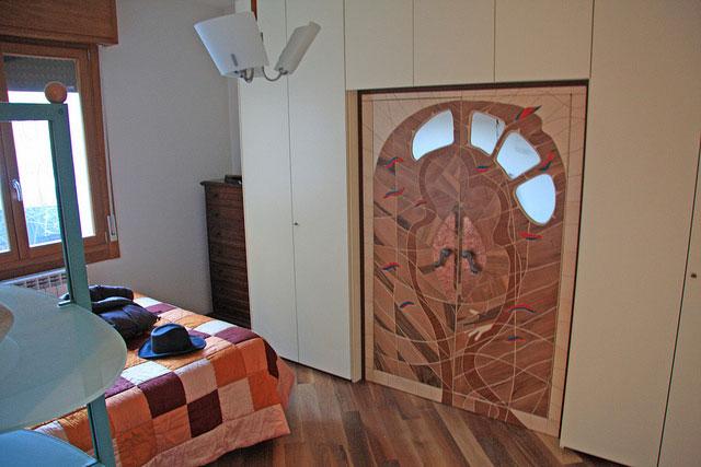 Armadio su misura a due ante armadio artistico legno e for Ante a serrandina su misura