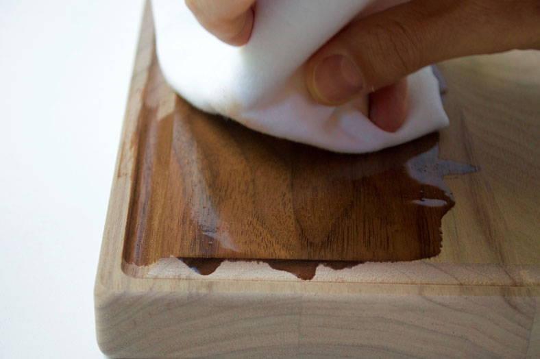 olio minerale per taglieri in legno